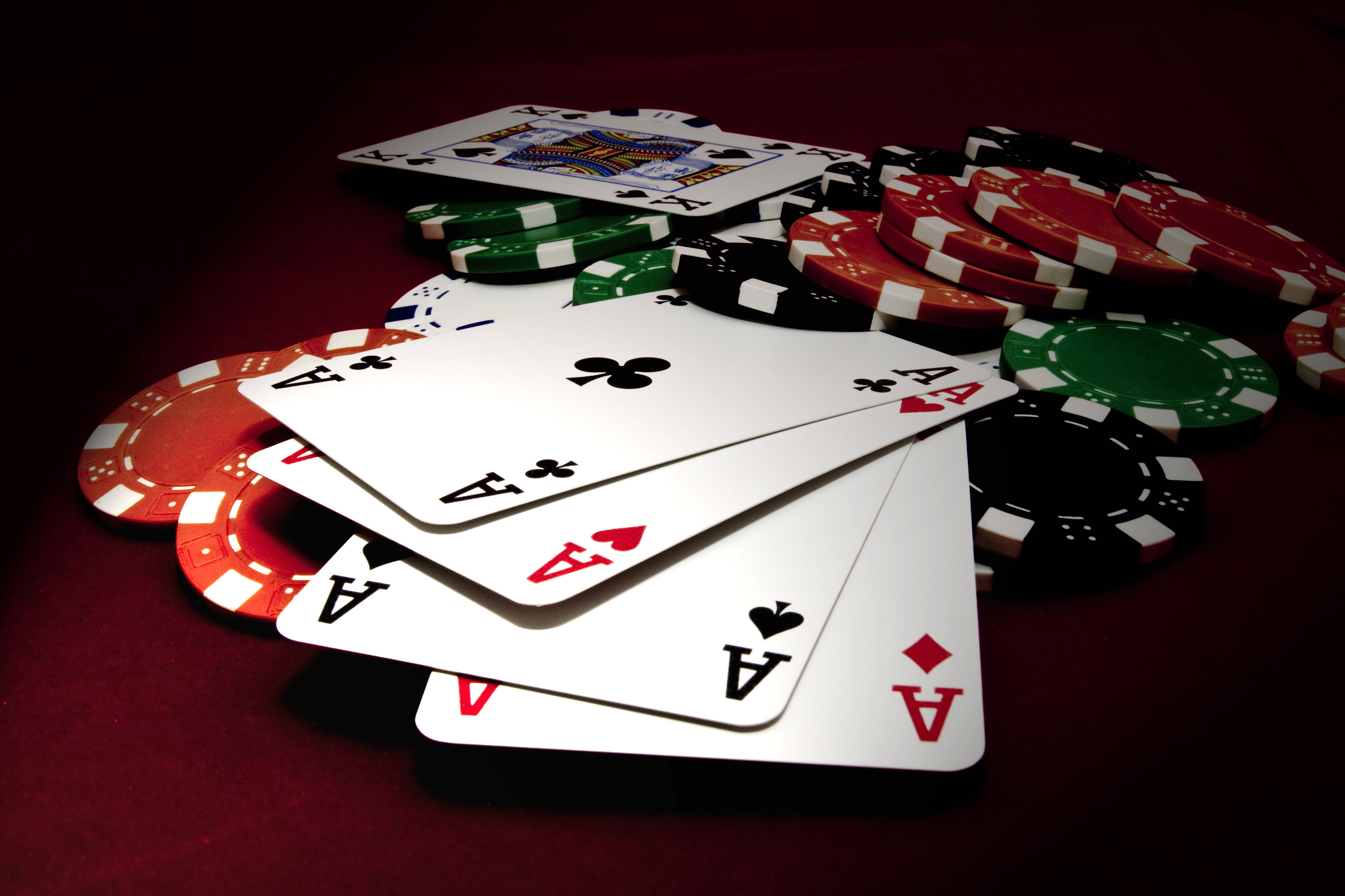 A Beginner's Guide to Casino Poker